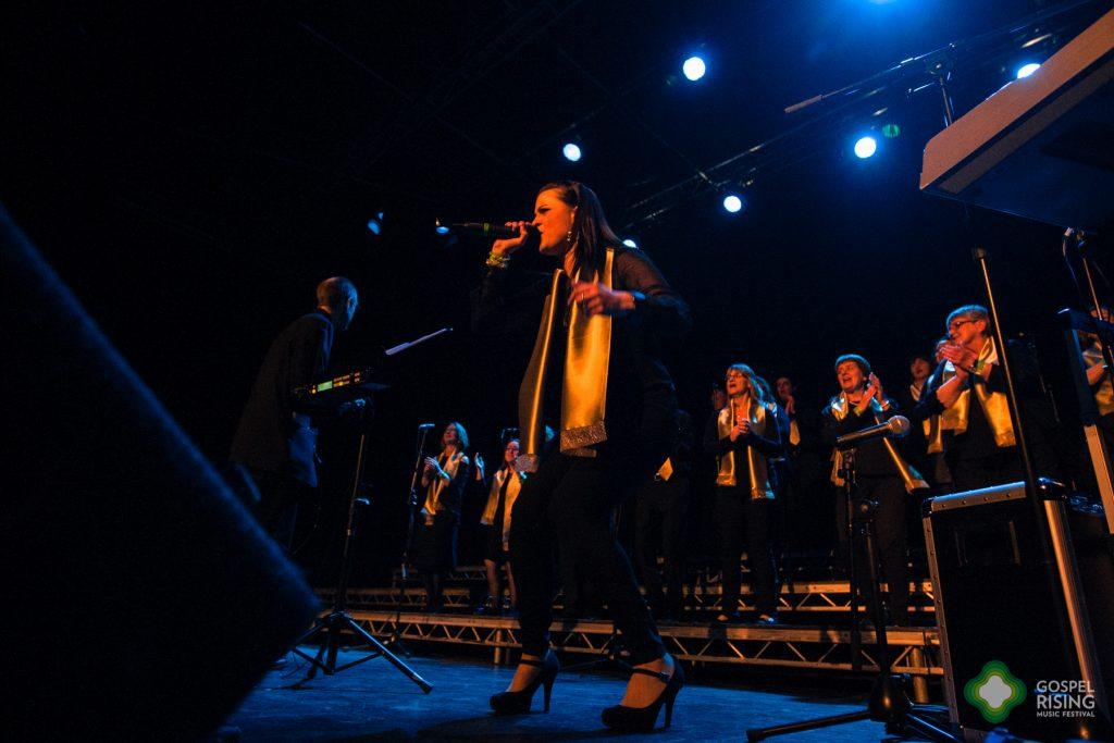 Choir on stage 2017